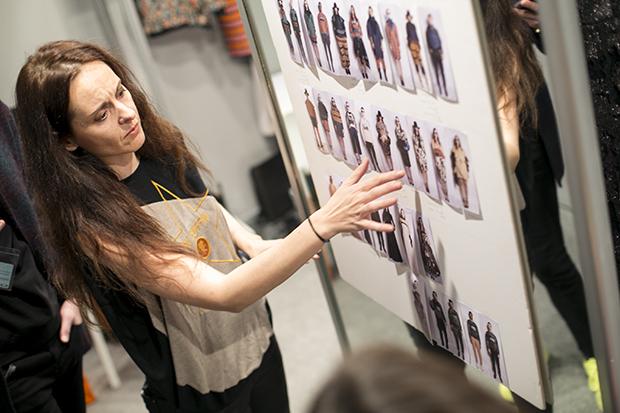 Fashion week Ana Locking armani 13
