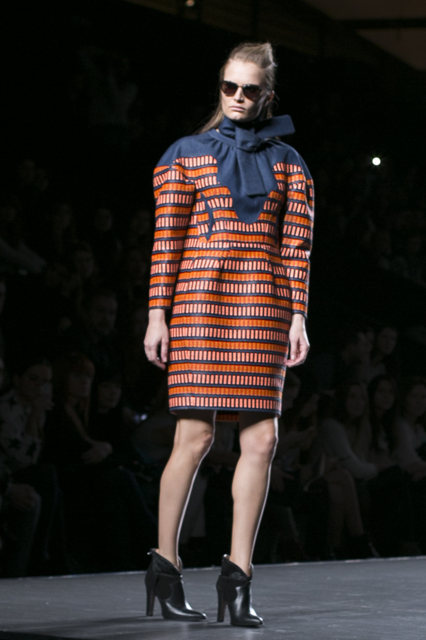 Fashion week Ana Locking armani 20