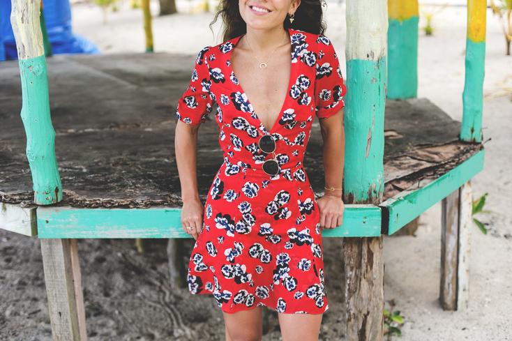 vestido-realisationpar-converse-castea-samoa-6